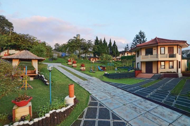 The jayakarta inn &…